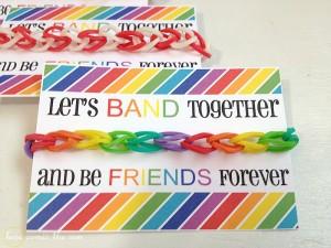 Rainbow-Loom-Valentine-horizontal